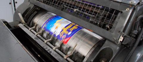 Focus sur le processus de création des étiquettes adhésives