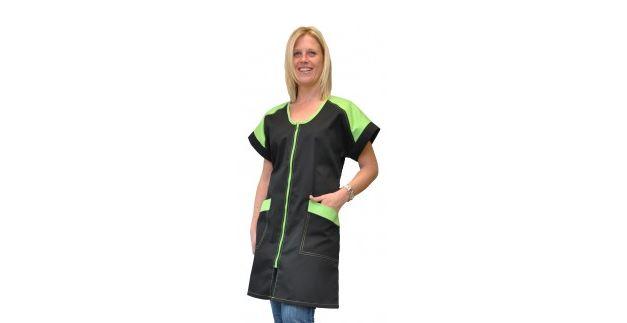 Vêtements professionnels : des tenues de plus en plus colorées !